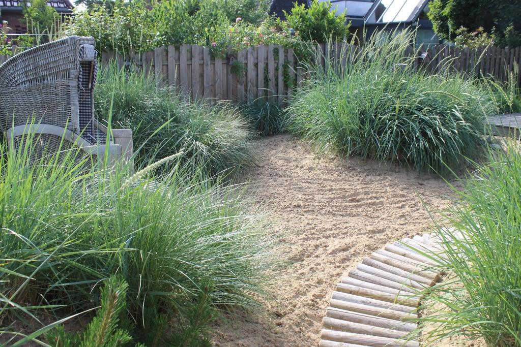 Garten Holzbänke mit genial stil für ihr haus ideen